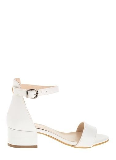 Derigo Kalın Topuklu Sandalet Beyaz